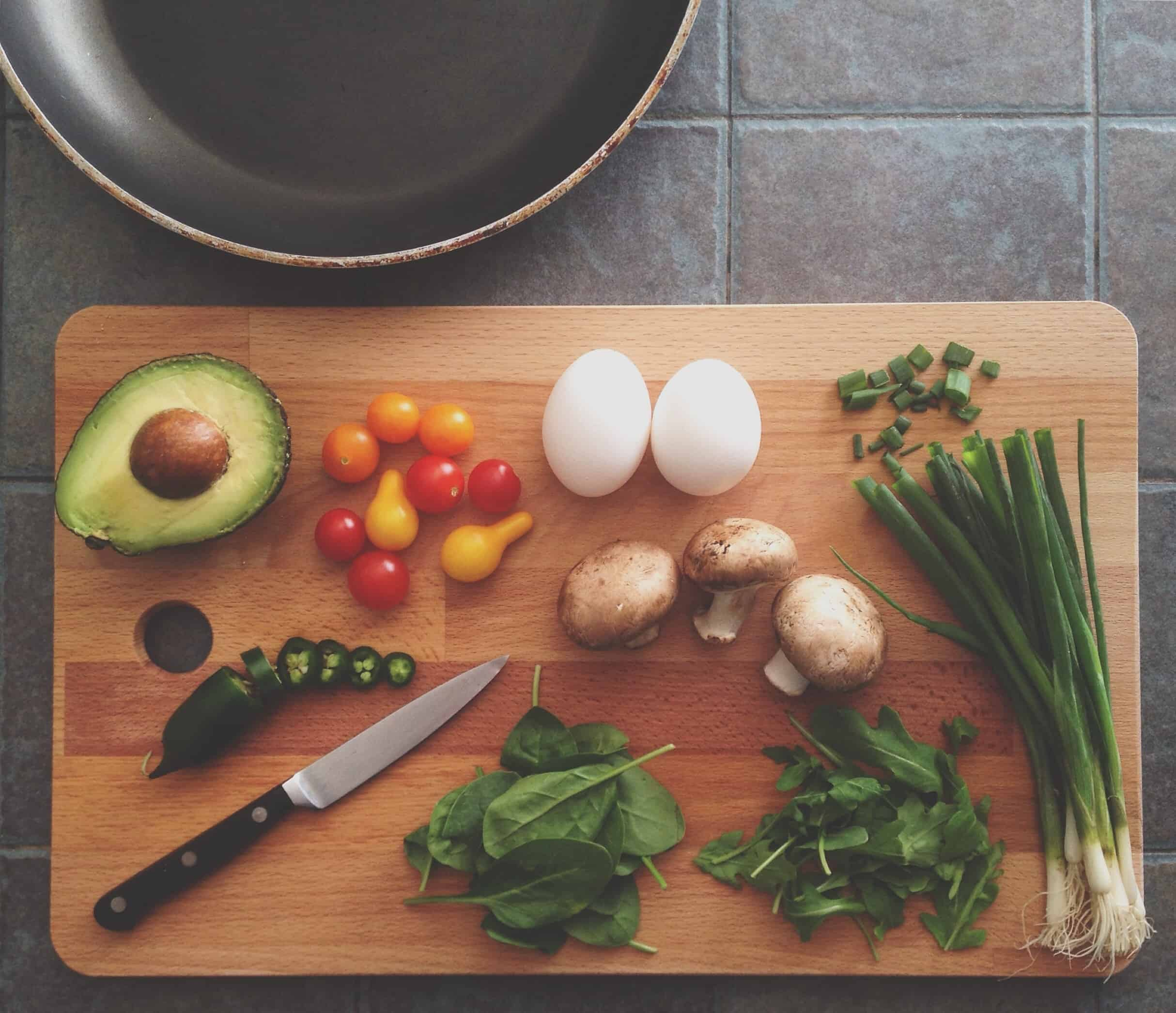 If you want to reach your goals of losing weight or eating healtheir? Meal planning is a must!